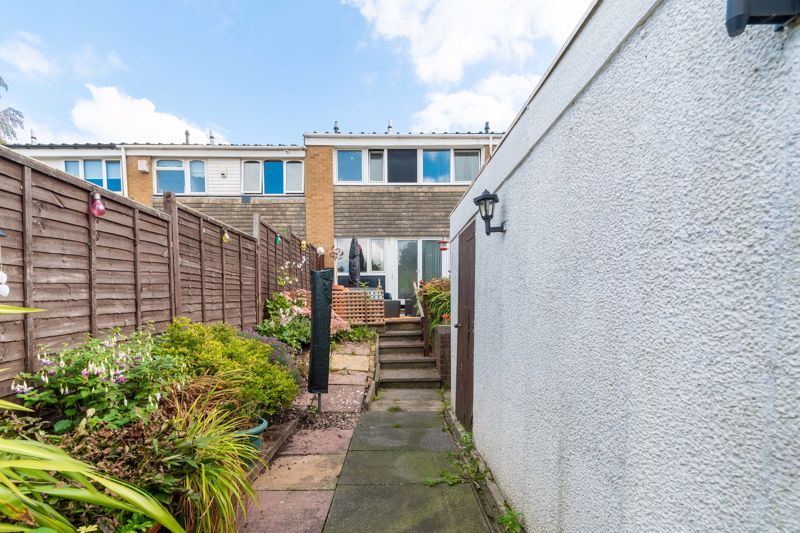 3 bed house for sale in Aire Croft  - Property Image 13