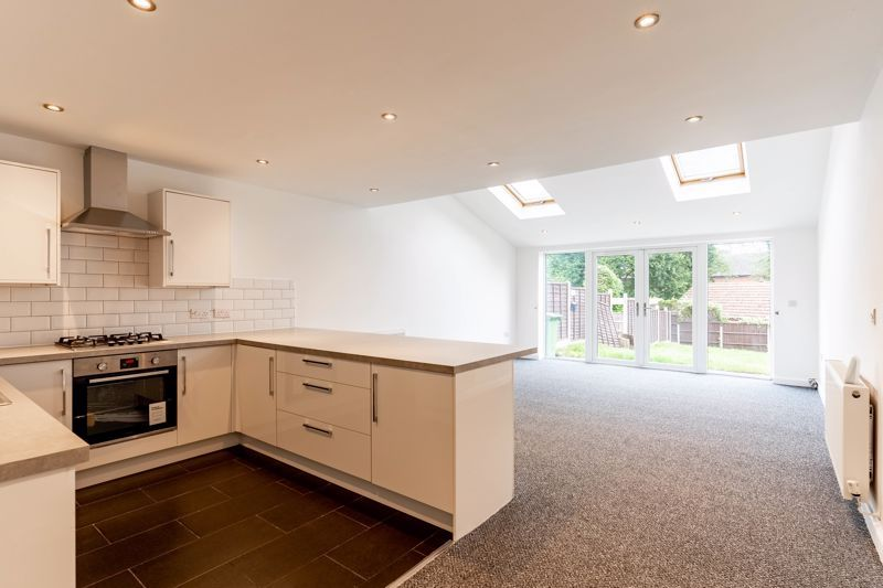 3 bed house for sale in Cobden Street  - Property Image 2