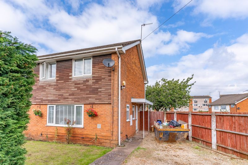 3 bed house for sale in Withymoor Road 1