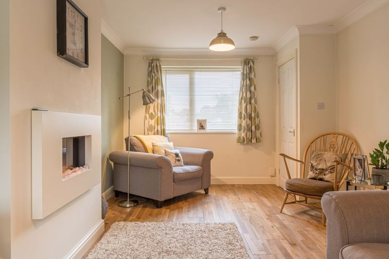 3 bed house for sale in The Roundabout 2