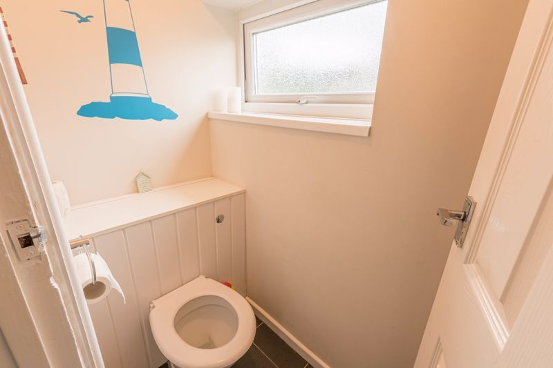 3 bed house for sale in The Roundabout 10
