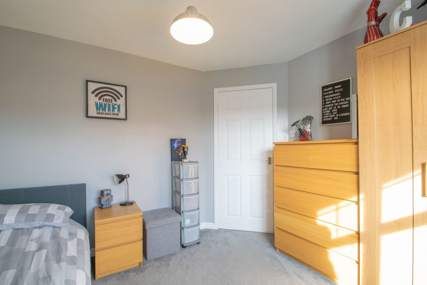 3 bed detached for sale in Batchelor Close, Amblecote 15