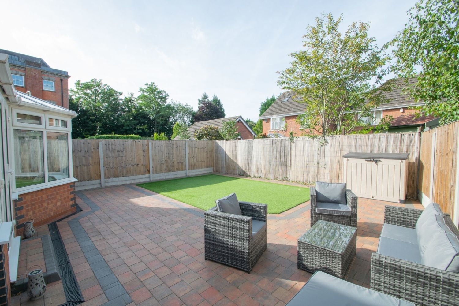 3 bed detached for sale in Batchelor Close, Amblecote 21