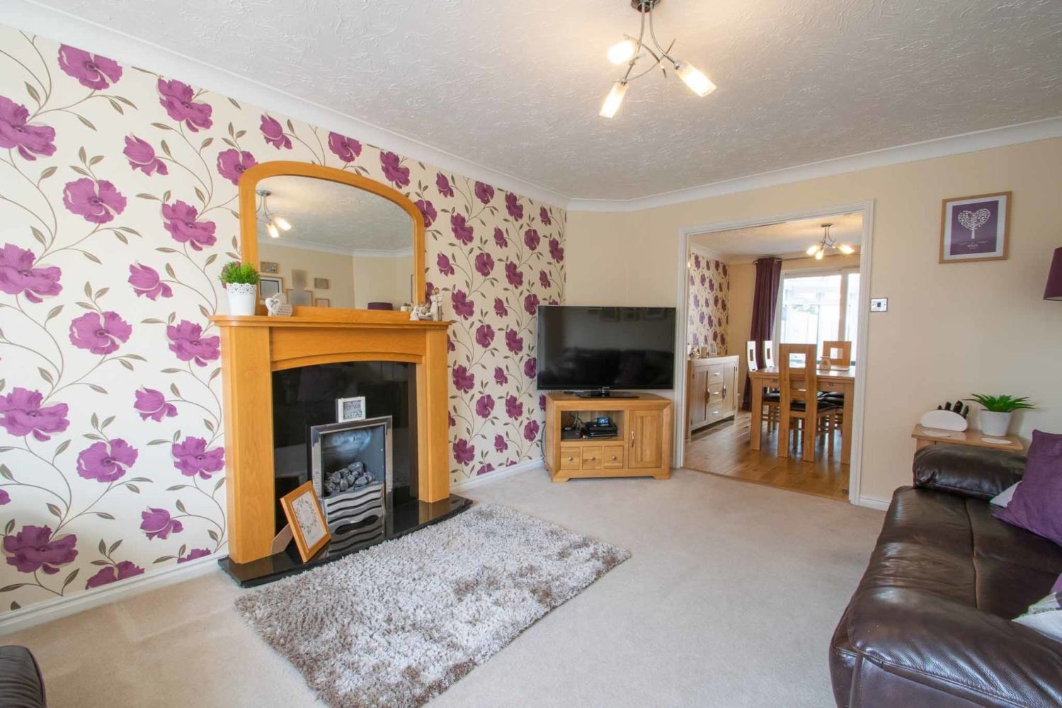 3 bed detached for sale in Batchelor Close, Amblecote 3