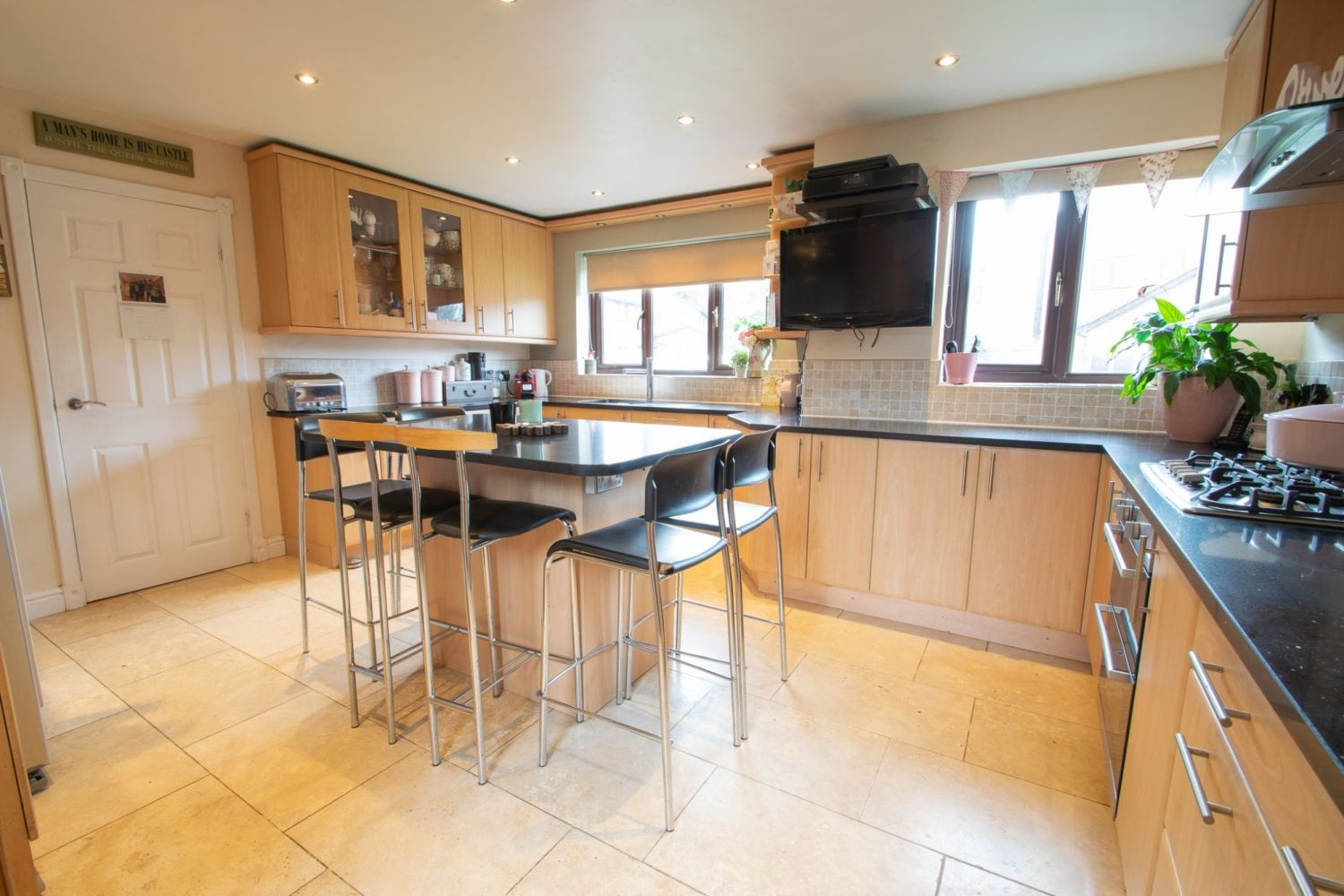 5 bed detached for sale in Melrose Avenue, Oldswinford, Stourbridge  - Property Image 3