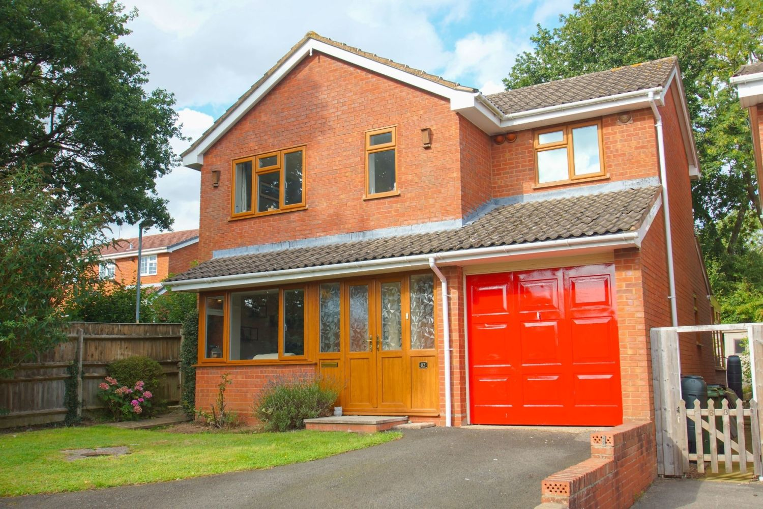 4 bed detached for sale in Packwood Close, Webheath 1