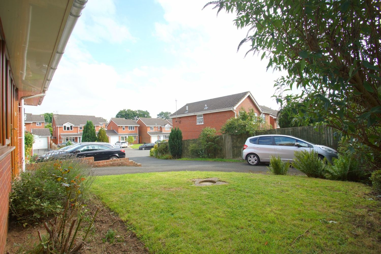 4 bed detached for sale in Packwood Close, Webheath 20