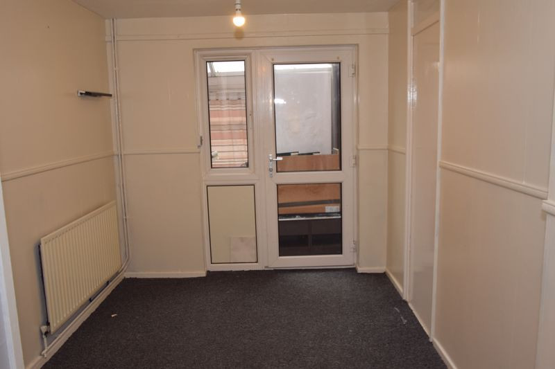 3 bed house to rent in Goodrich Close 3