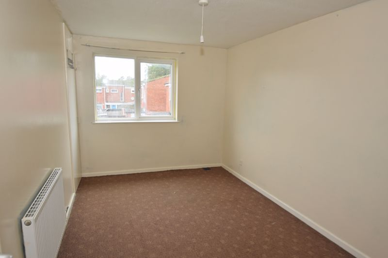 3 bed house to rent in Goodrich Close 6