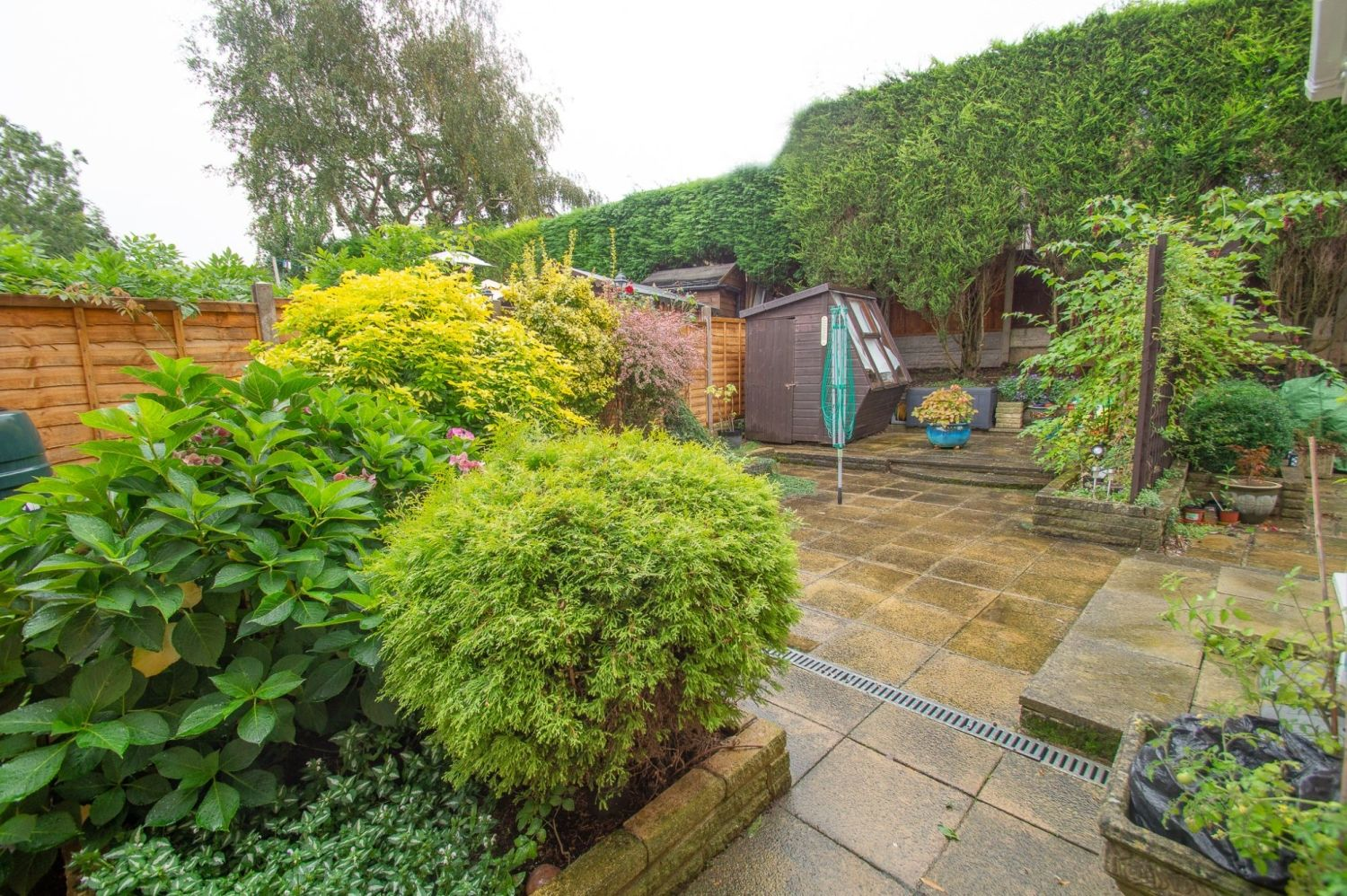 3 bed semi-detached for sale in Vicarage Crescent, Redditch  - Property Image 12