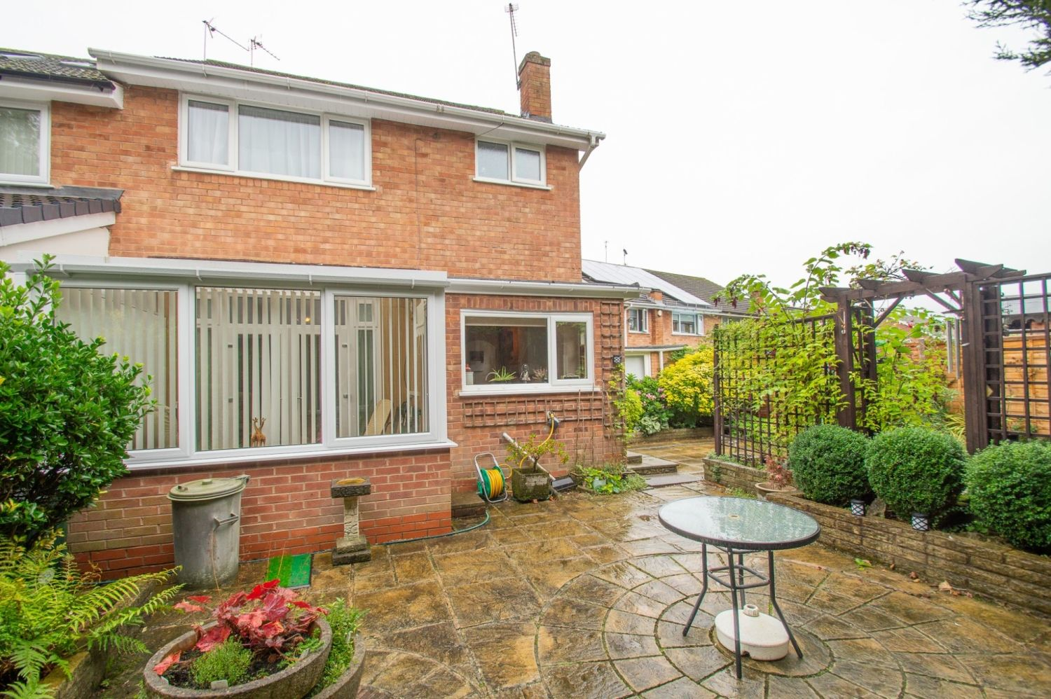 3 bed semi-detached for sale in Vicarage Crescent, Redditch 15