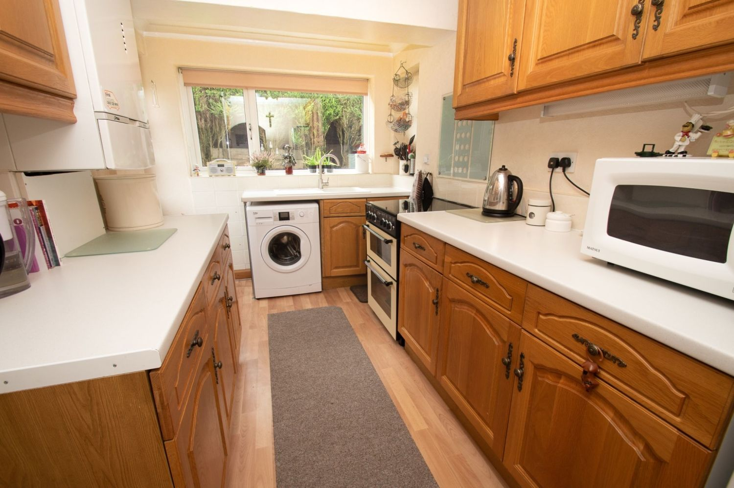 3 bed semi-detached for sale in Vicarage Crescent, Redditch  - Property Image 5