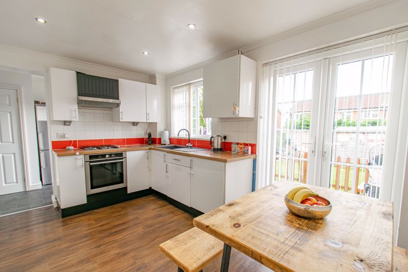 3 bed house for sale in Michaelwood Close 2