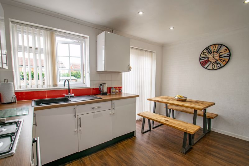 3 bed house for sale in Michaelwood Close 3