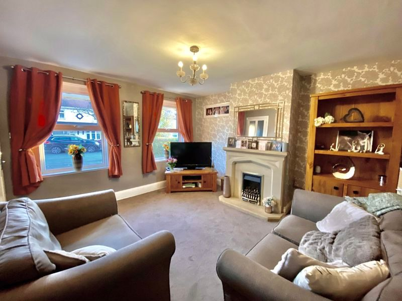 2 bed house for sale in Cobnall Road 2