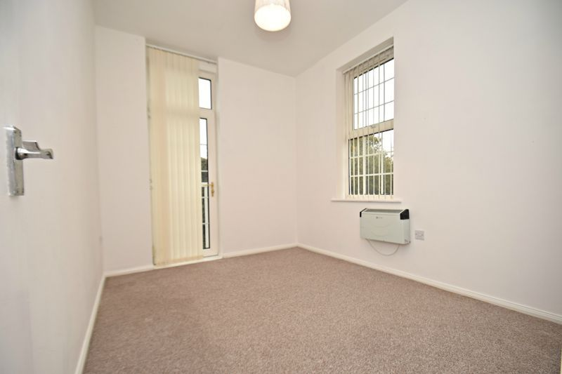2 bed flat for sale in Exmoor Drive 18