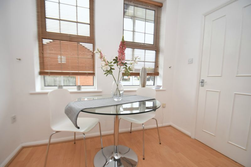 2 bed flat for sale in Exmoor Drive 4