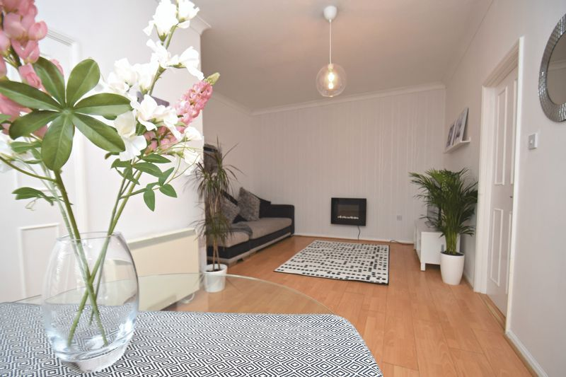 2 bed flat for sale in Exmoor Drive  - Property Image 5