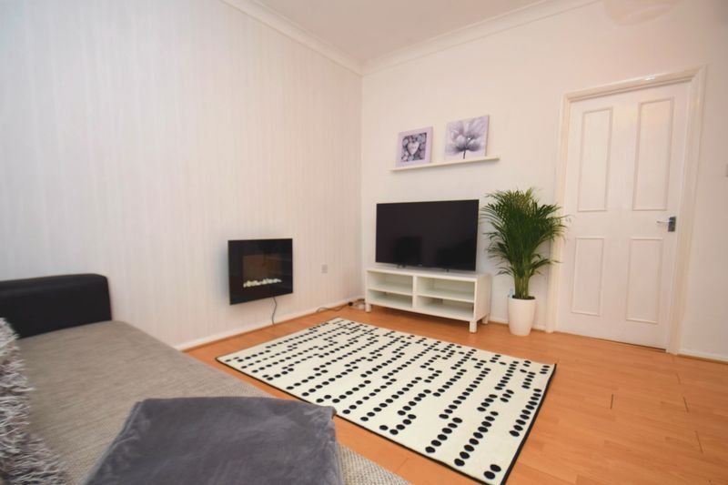 2 bed flat for sale in Exmoor Drive  - Property Image 7