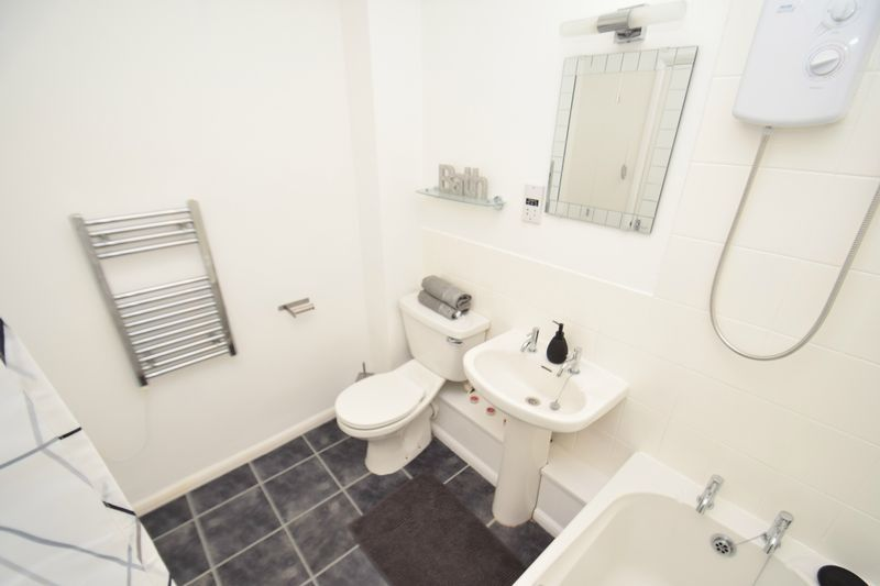 2 bed flat for sale in Exmoor Drive  - Property Image 9