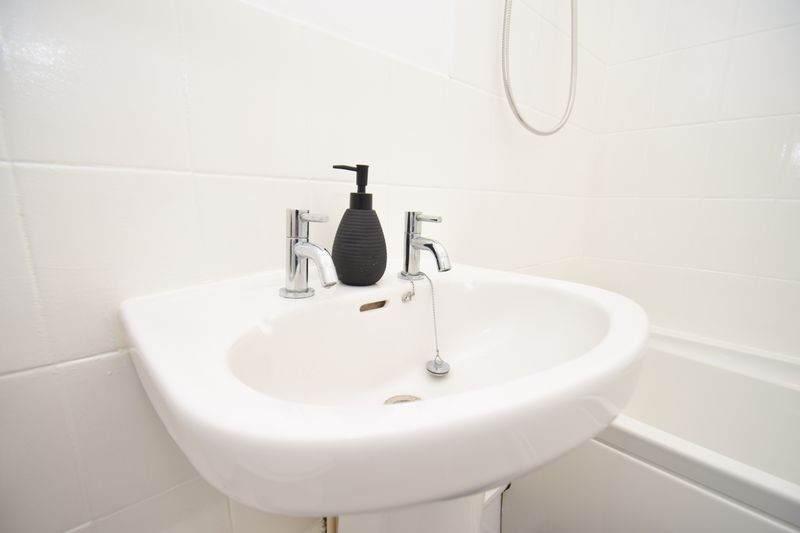 2 bed flat for sale in Exmoor Drive  - Property Image 10