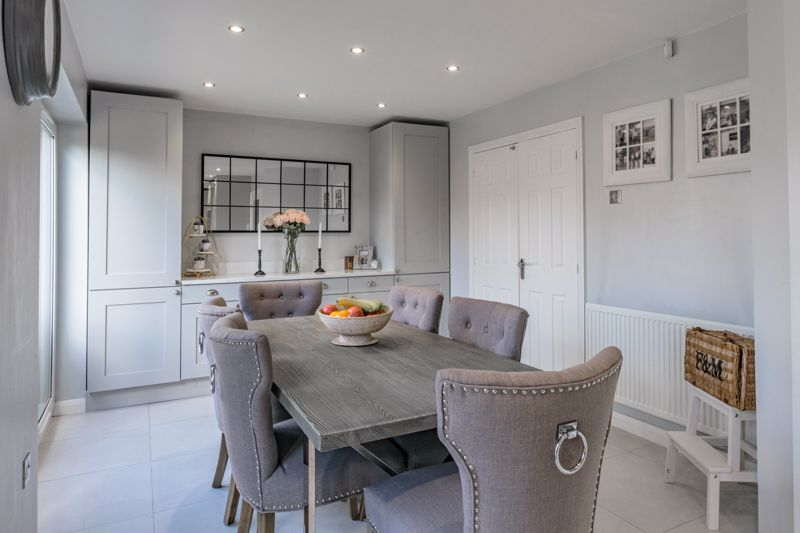 4 bed house for sale in Royal Worcester Crescent  - Property Image 15