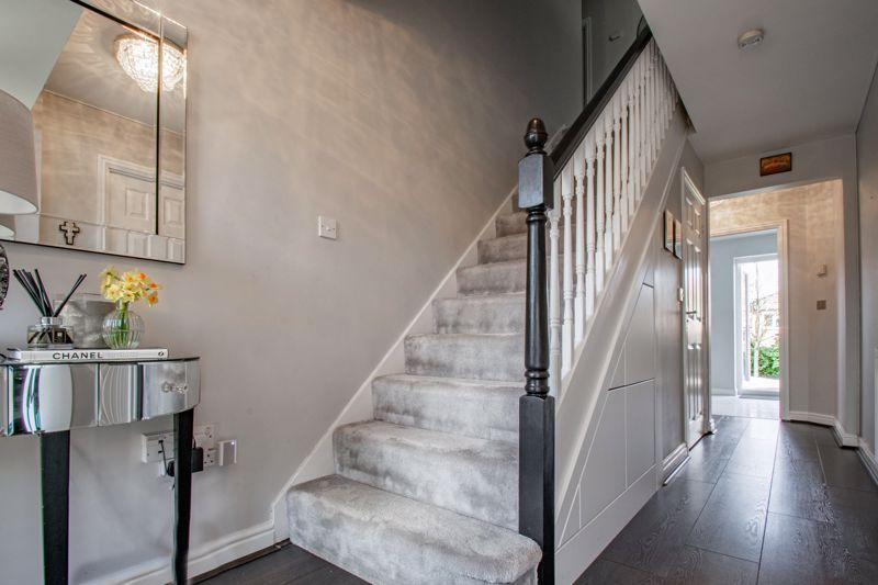 4 bed house for sale in Royal Worcester Crescent 17