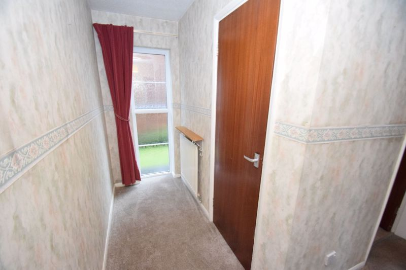 2 bed flat for sale in New Road 15