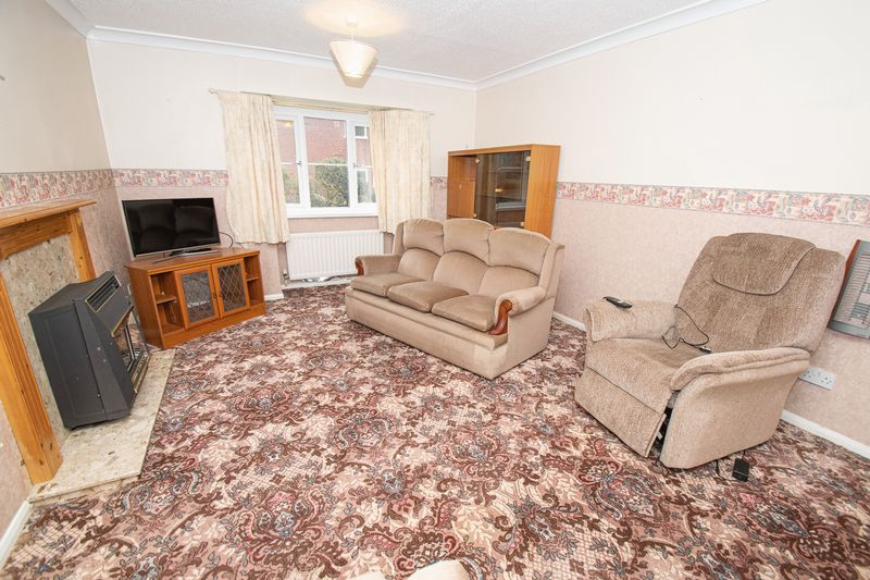 2 bed flat for sale in New Road 3