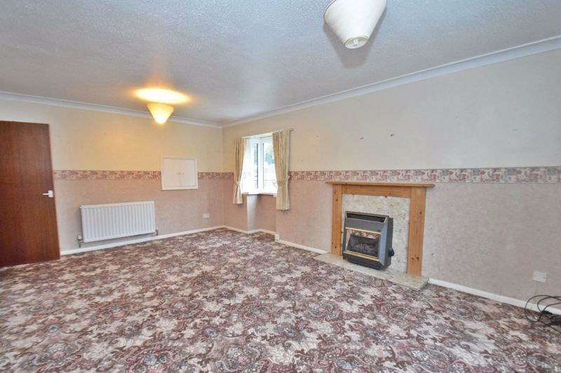 2 bed flat for sale in New Road 4