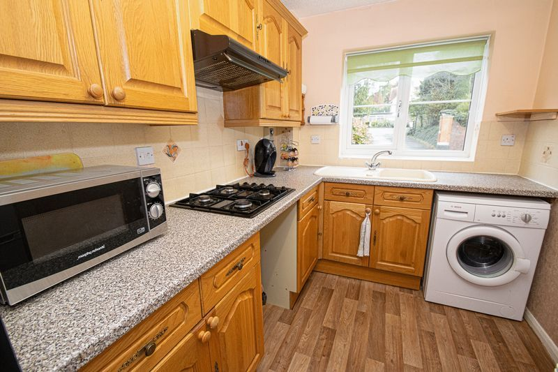 2 bed flat for sale in New Road 7