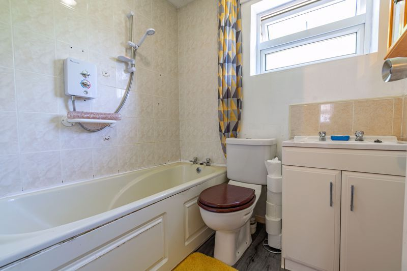 3 bed house for sale in Exhall Close  - Property Image 12