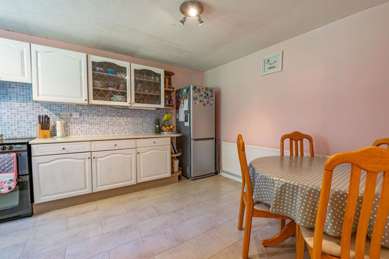 3 bed house for sale in Exhall Close  - Property Image 3