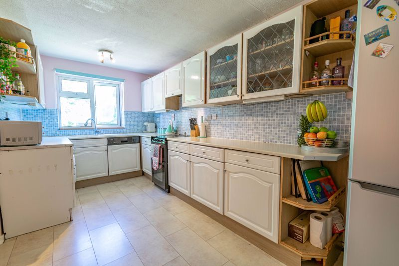 3 bed house for sale in Exhall Close  - Property Image 4