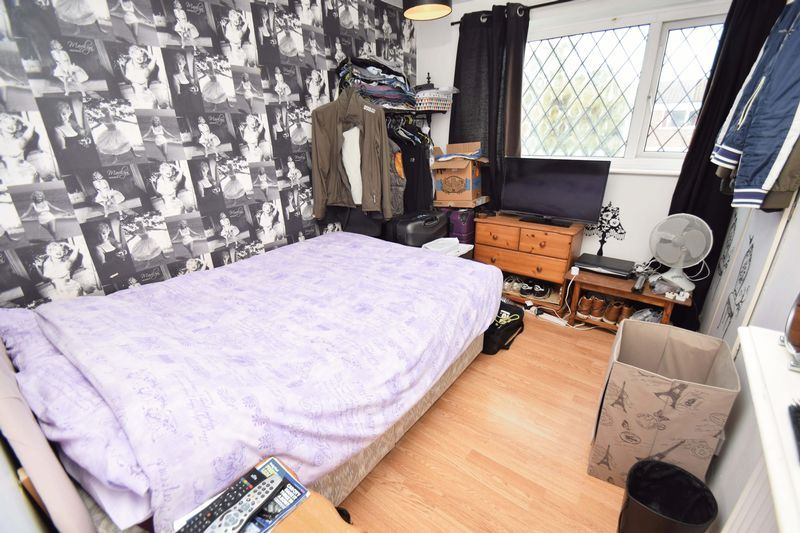 3 bed house for sale in Sutton Close 7