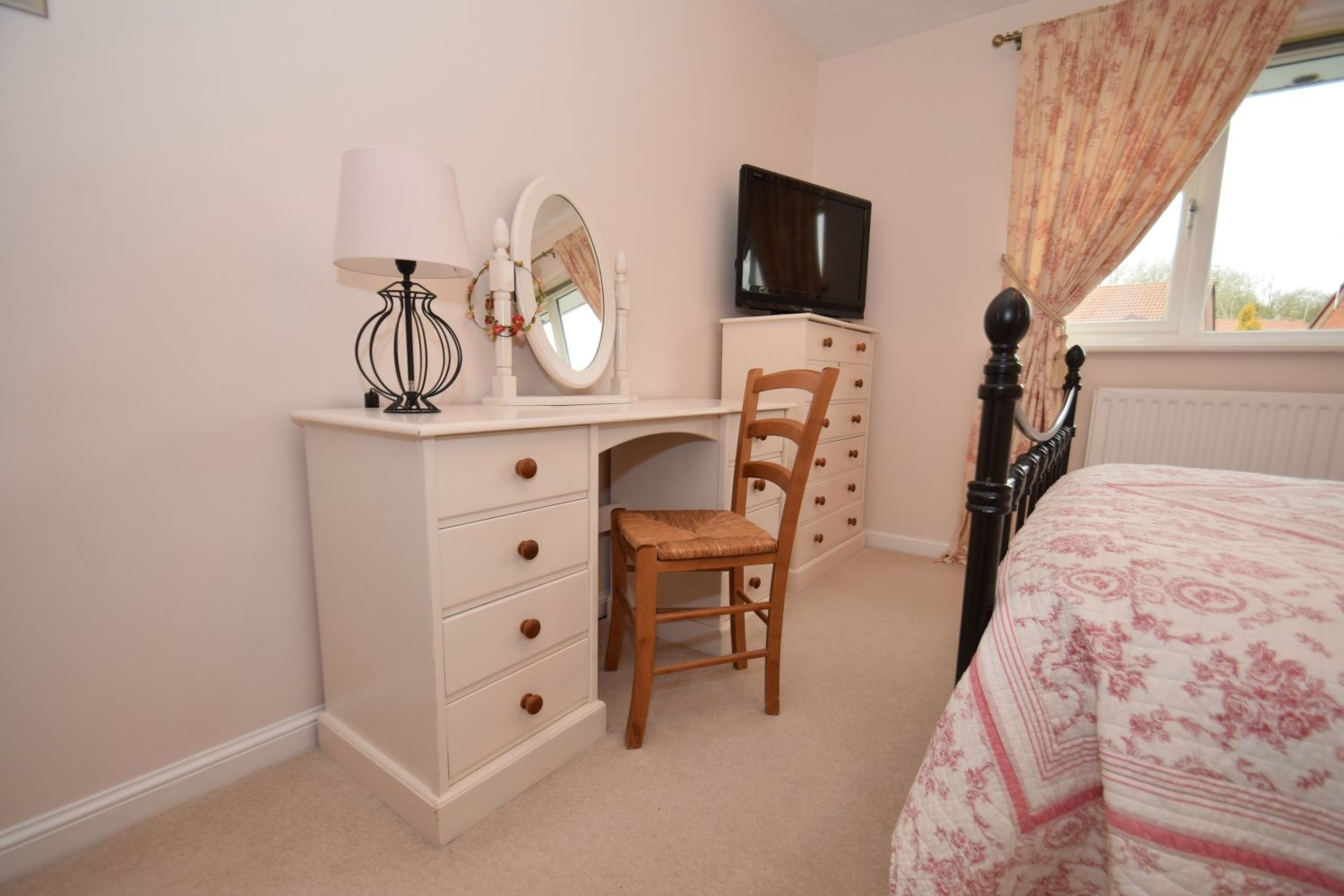 3 bed detached for sale in Foxes Close, Blackwell, B60 12