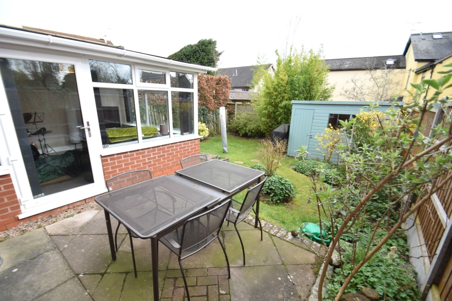 3 bed detached for sale in Foxes Close, Blackwell, B60 21