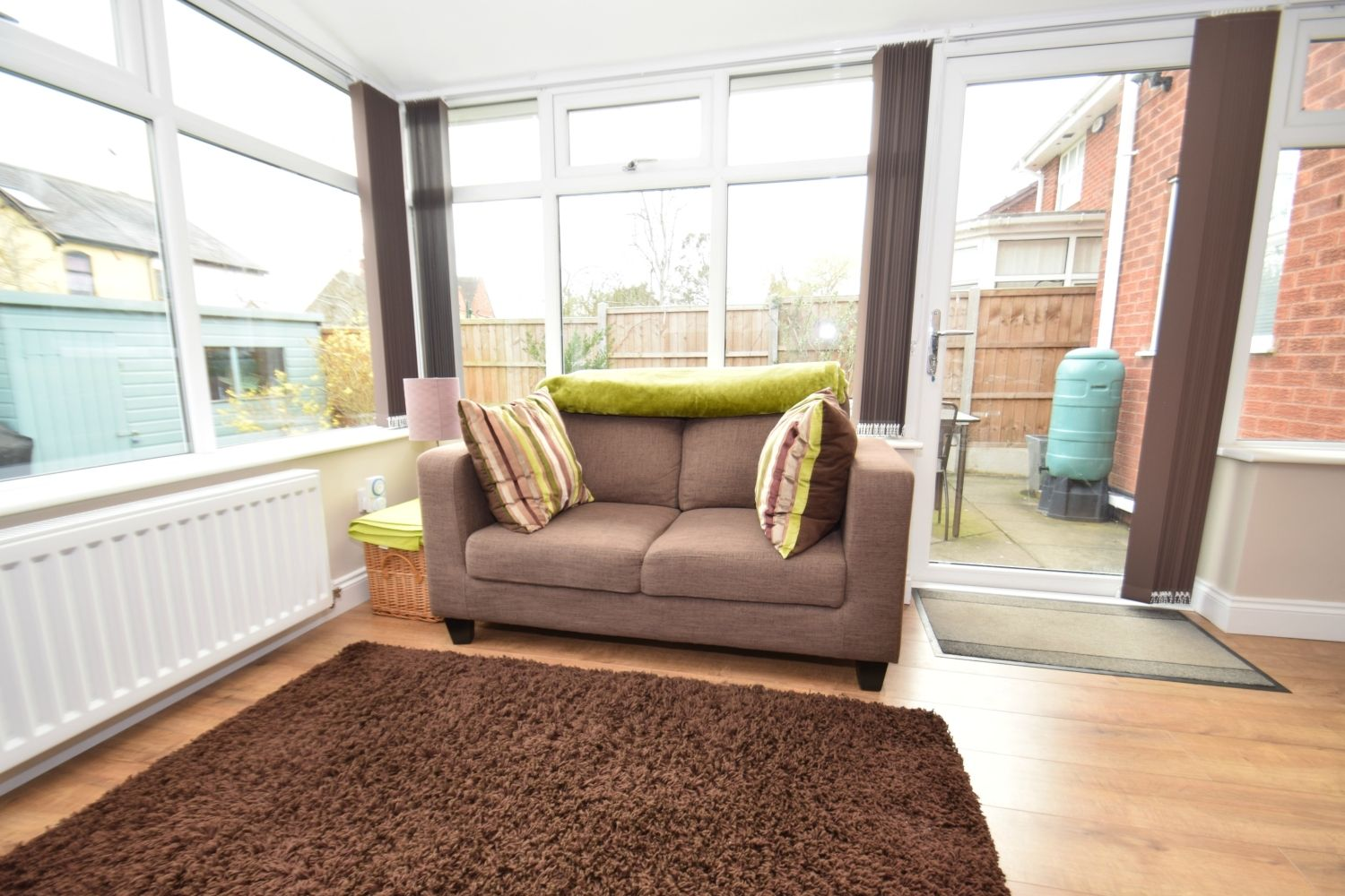 3 bed detached for sale in Foxes Close, Blackwell, B60 9