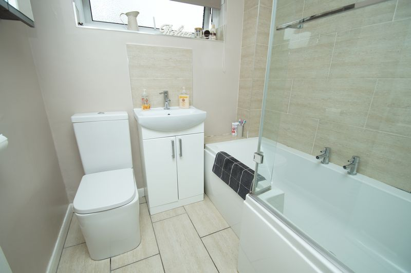 3 bed house for sale in Newent Close  - Property Image 12