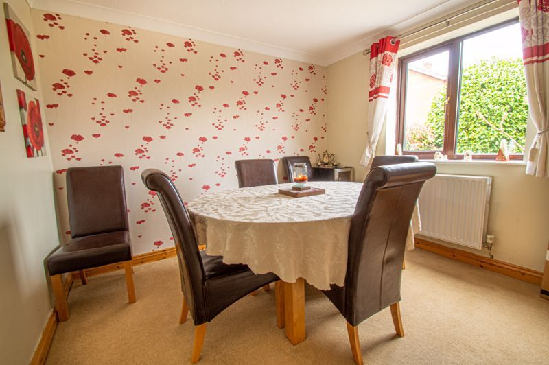 4 bed house for sale in Eldersfield Close  - Property Image 5