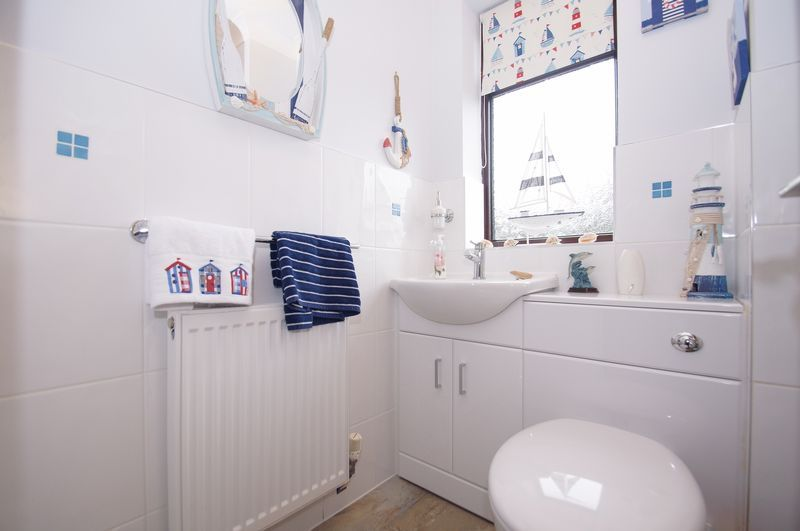 4 bed house for sale in Eldersfield Close  - Property Image 6