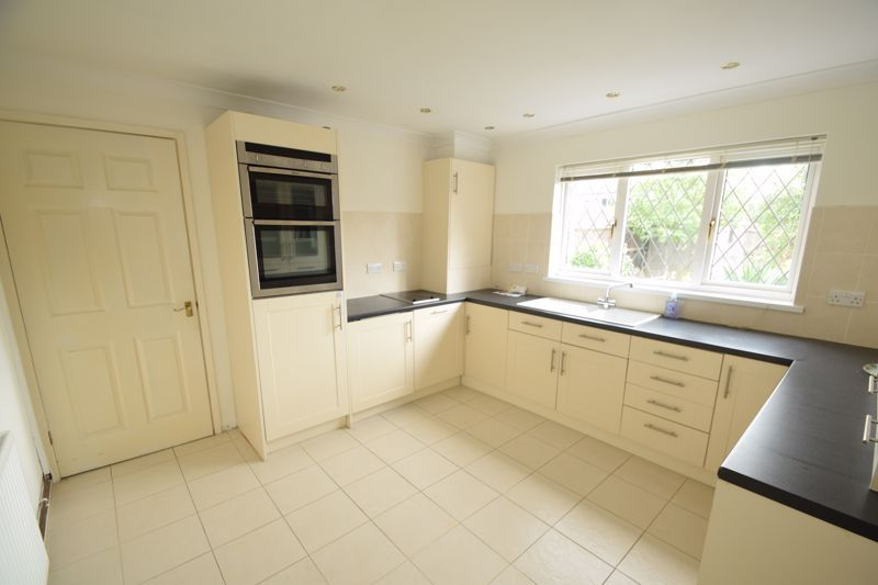2 bed house to rent in Ibstock Close 4