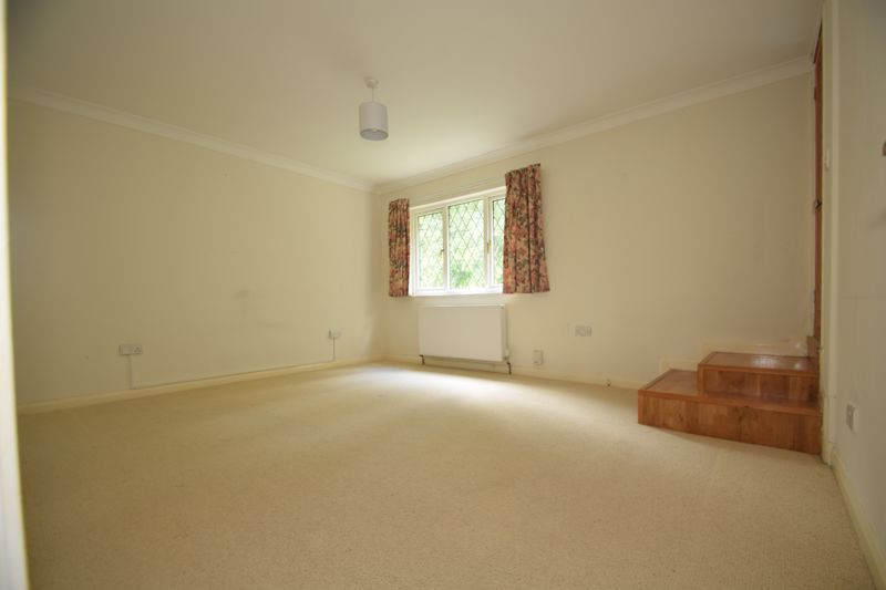 2 bed house to rent in Ibstock Close  - Property Image 6