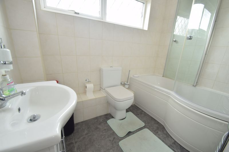 2 bed house to rent in Ibstock Close 9
