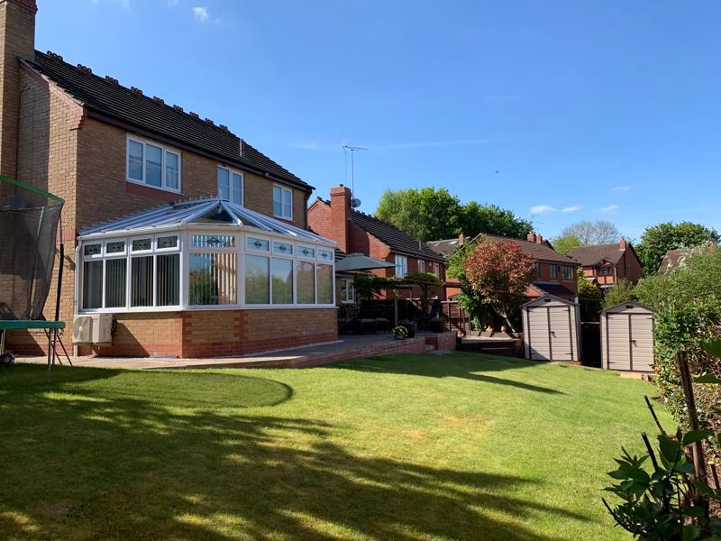 4 bed house for sale in Crownhill Meadow  - Property Image 13