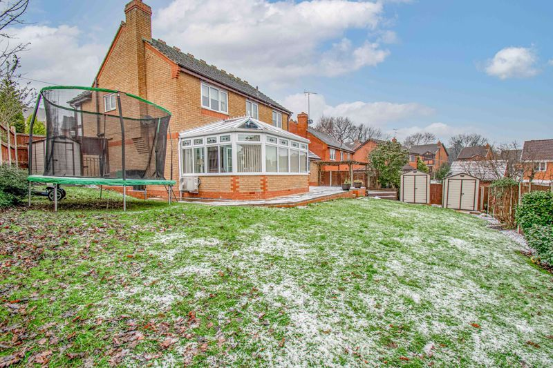 4 bed house for sale in Crownhill Meadow  - Property Image 14