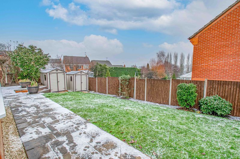 4 bed house for sale in Crownhill Meadow 15