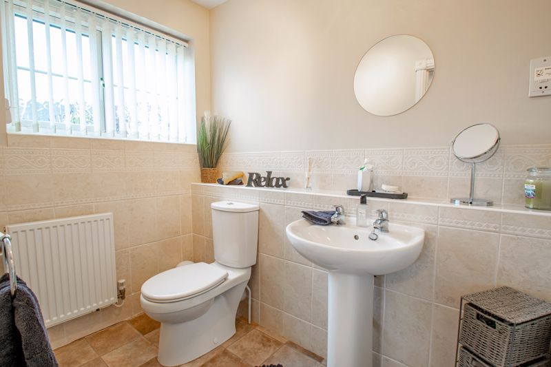 4 bed house for sale in Crownhill Meadow 10