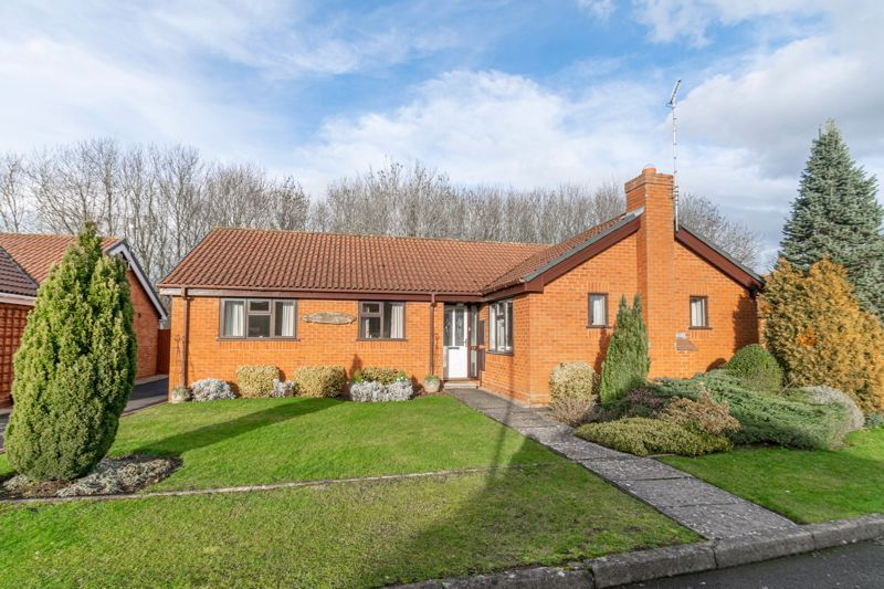 3 bed bungalow for sale in Partridge Lane  - Property Image 1