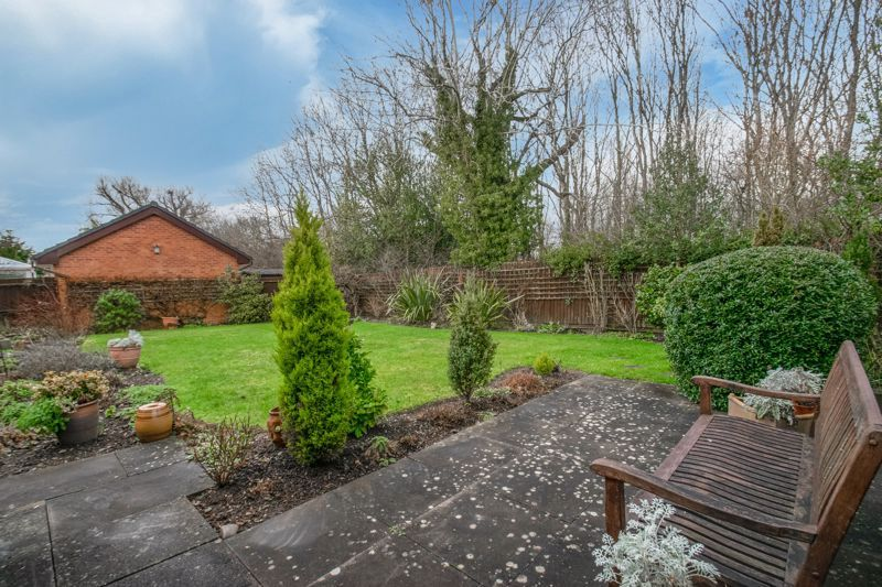 3 bed bungalow for sale in Partridge Lane 12